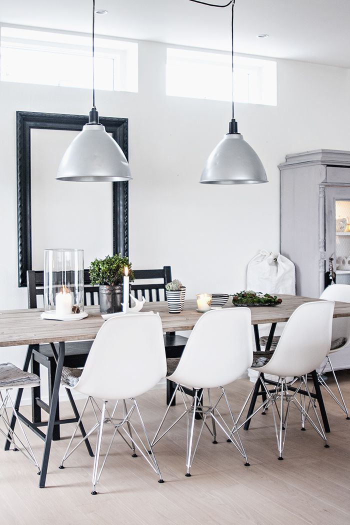 dining, Eames chairs