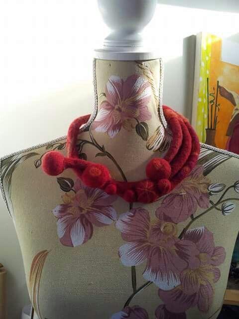 Rojo coral , Pica