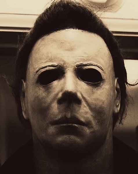Best 25 michael myers mask ideas on pinterest - Masque halloween film ...