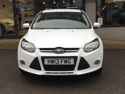 Ford Focus 1.6 125 Zetec 5dr Powershift Hatchback Petrol WhiteFord Focus 1.6 125 Zetec 5dr Powershift Hatchback Petrol White at Leslies Motor Group Cowes
