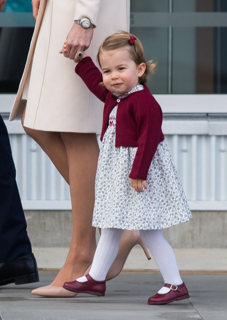 Prince George and Princess Charlotte Wave Goodbye to Canada