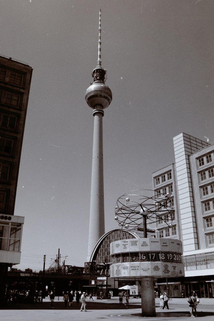 Berliner Fernsehturm|Berlin - Germany | Places I love | Pinterest ...