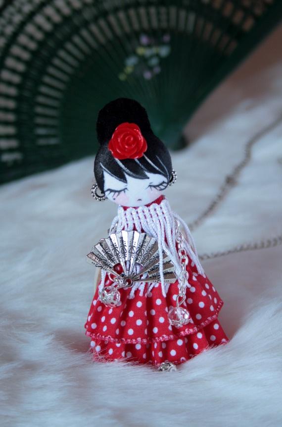 Colgante muñeca Fifí Carmela, Complementos, Broches, Bisutería, Collares, Complementos, Collares