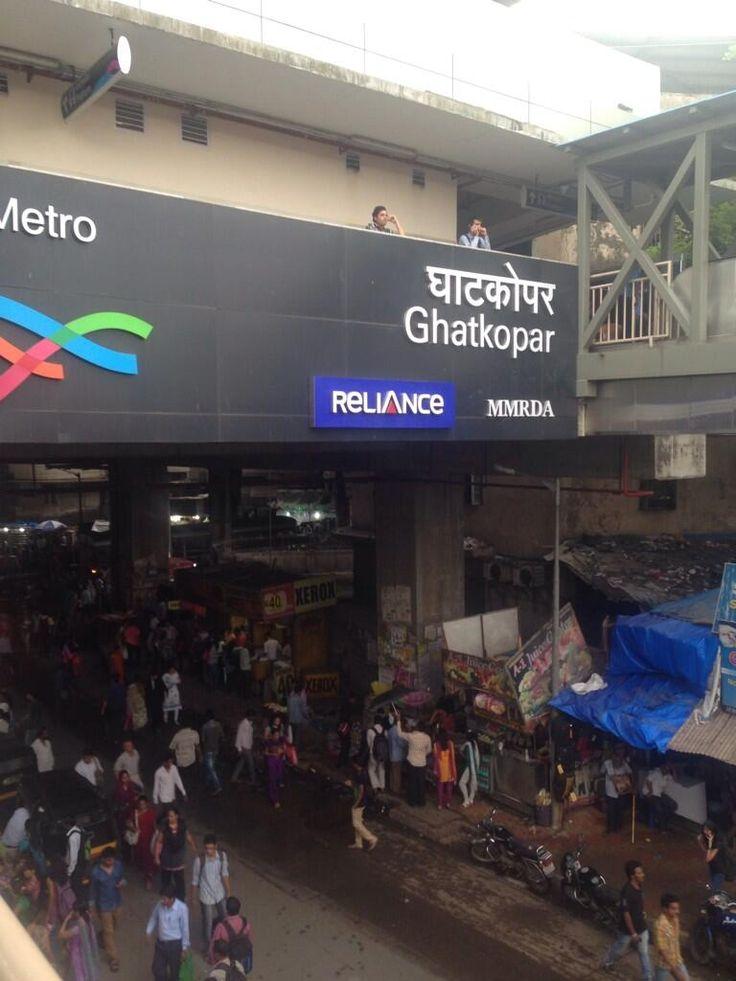 Mumbai Metro! Finally! pic.twitter.com/m21eam4Ujb