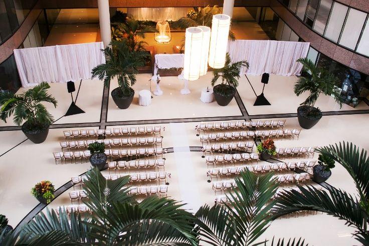 Elegant indoor Tampa Wedding at The Westshore Grand, FL - Indoor Florida wedding venues (Limelight Photography)
