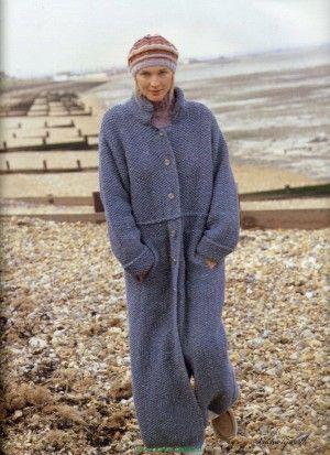 Пальто ретро узором мох спицами Monty от Ким Харгрейвз.