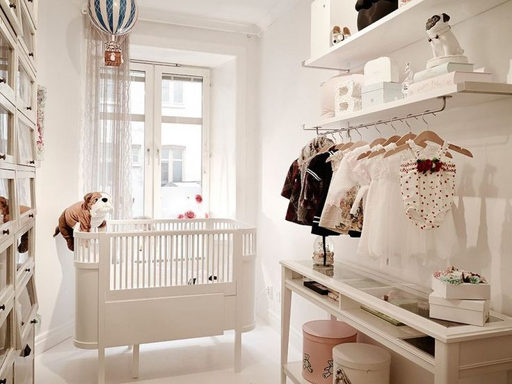 We have a bar like this! We could put it under one of the shelves. And I like the crib