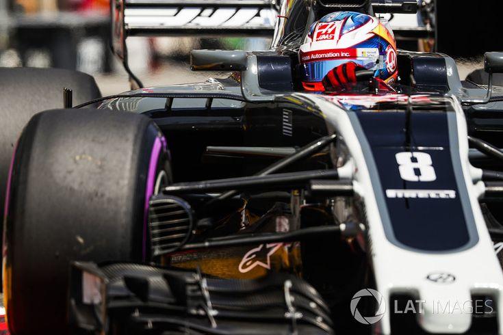 Romain Grosjean, starts 8th Haas F1 Team VF-17