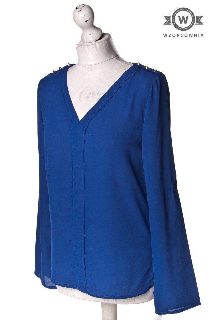 >> #Bluzka ze złotymi #dżetami na ramionach #Wzorcownia #online #LuluLove