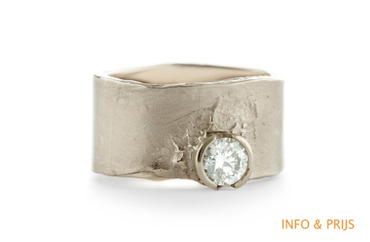 Brede ring solitair