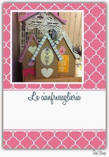 Casette facili in cartone! Federica http://lacianfrusaglieria.blogspot.it/2014/03/tutorial-casette-di-cartone-parlanti.html