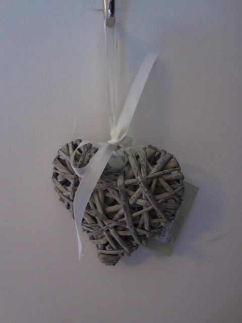 Decorative - small wicker heart x2