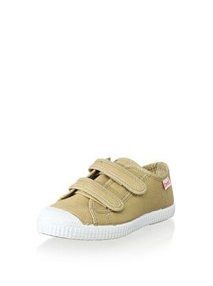 45% OFF Cienta Kid's Canvas Sneaker (Tan)