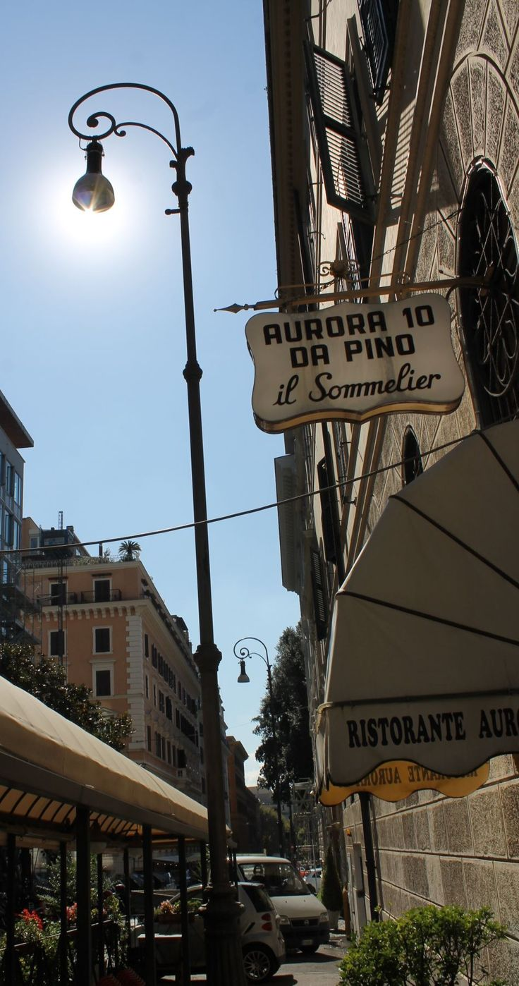 Roma - via Aurora ;-)