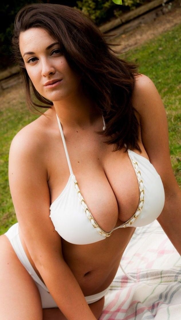 Hot see big boob double d will love