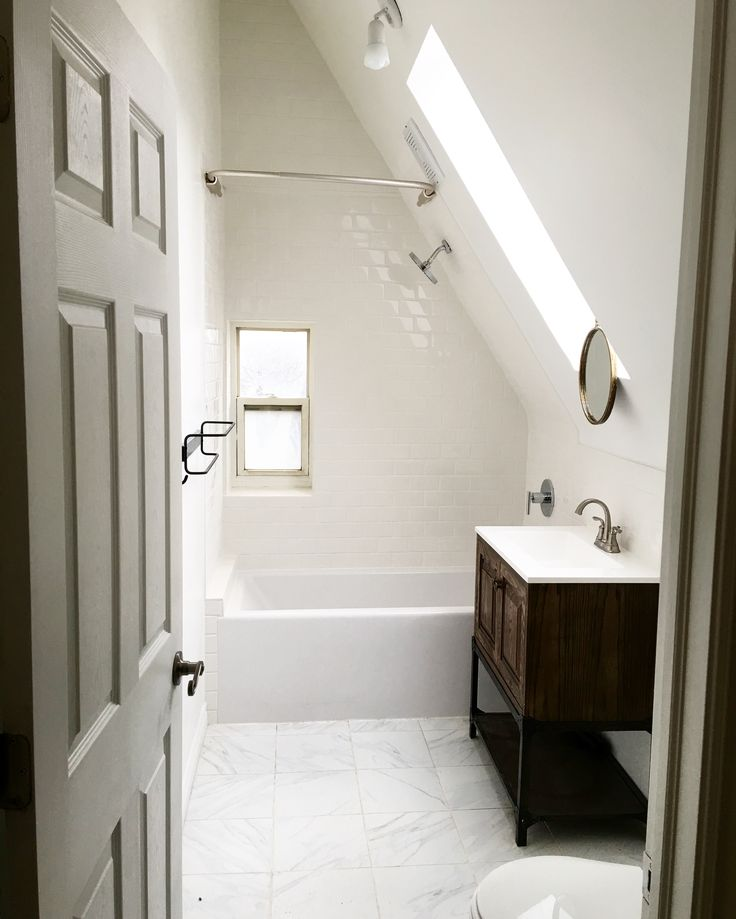 Best 25 attic bathroom ideas on pinterest small attic for Finished bathroom ideas