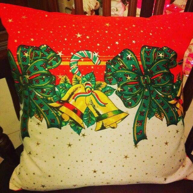 Cojines navideños, hechos a solicitud del cliente whatsapp 809-399-2740