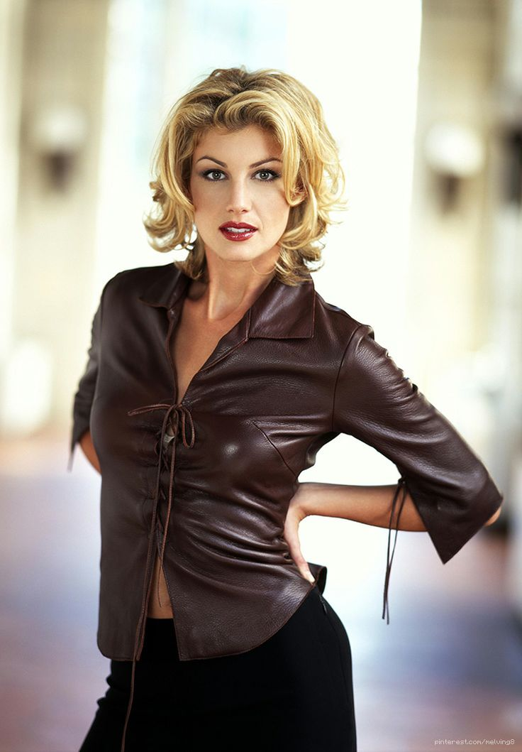 Faith Hill by George Holz