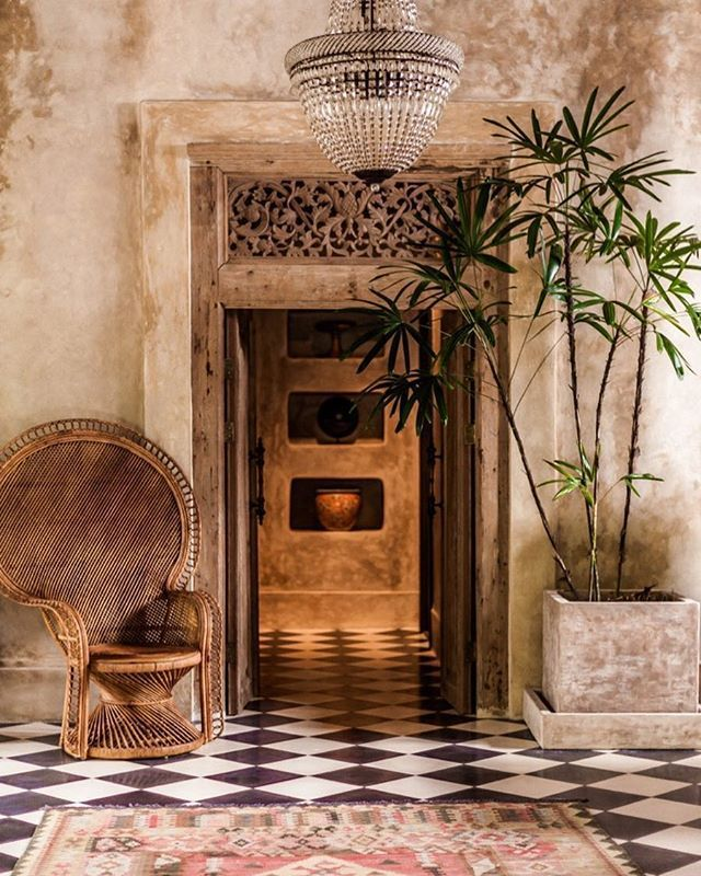 This House Is So Beautiful The Textures The Hues The Stained Walls And All Of The Small Details So Glad I Got To Photo Bali Furniture Bali House Bali Decor