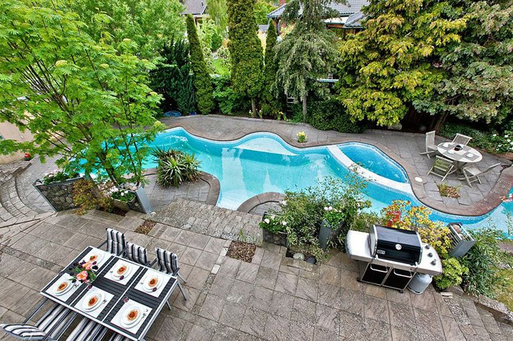 Splendid Private Residences with Stunning Outdoor Swimming Pool Surrounded by Vegetation