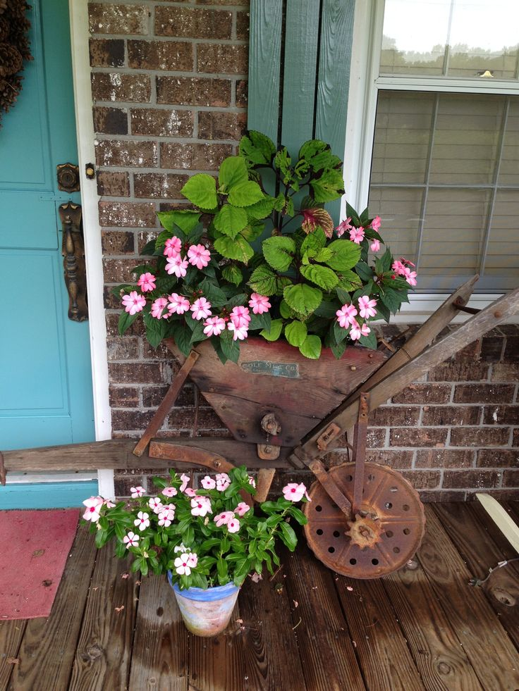 Pin By Debbie Sattane On For The Yard Rustic Garden Decor Rustic Plant Containers Landscaping With Rocks