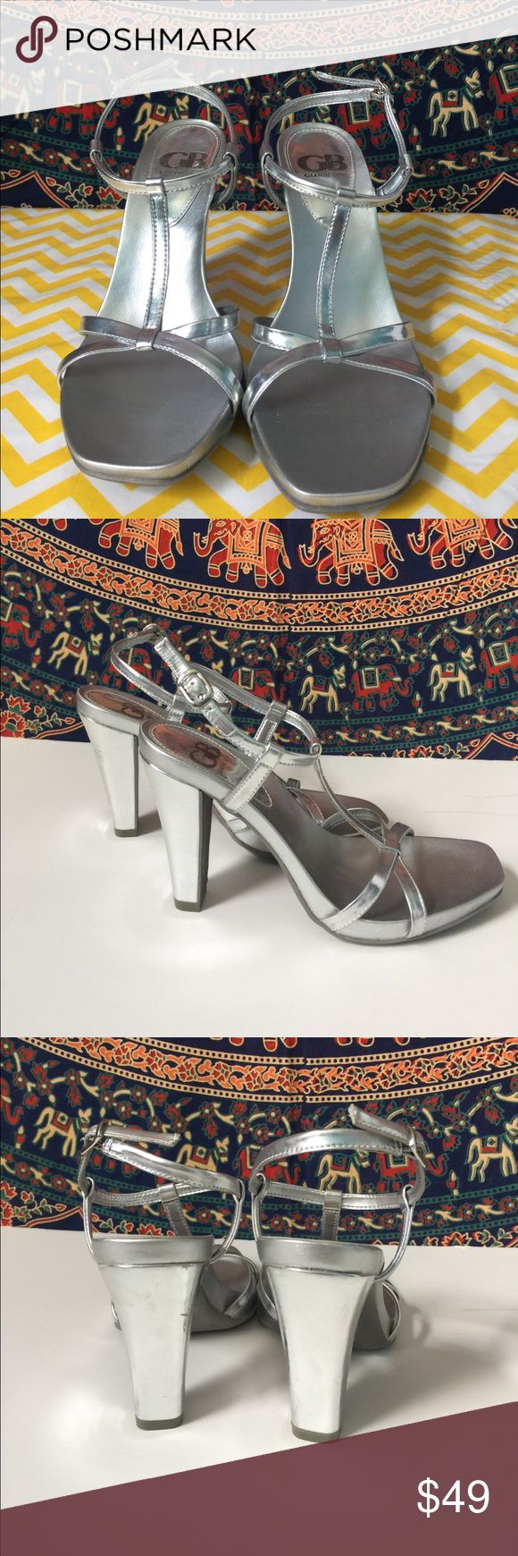 Silver Gianni Bini heels Pretty silver dress sandals. Only worn for a formal event. Size 7. Gianni Bini Shoes