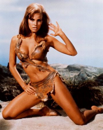 Rachel Welch will be forever like this on my mind.Raquelwelch, Fashion Beautiful, Paleo Challenges, Fashion Statement, Picture-Black Posters, Bikinis, Paleo Diet, Raquel Welch, Rachel Welch