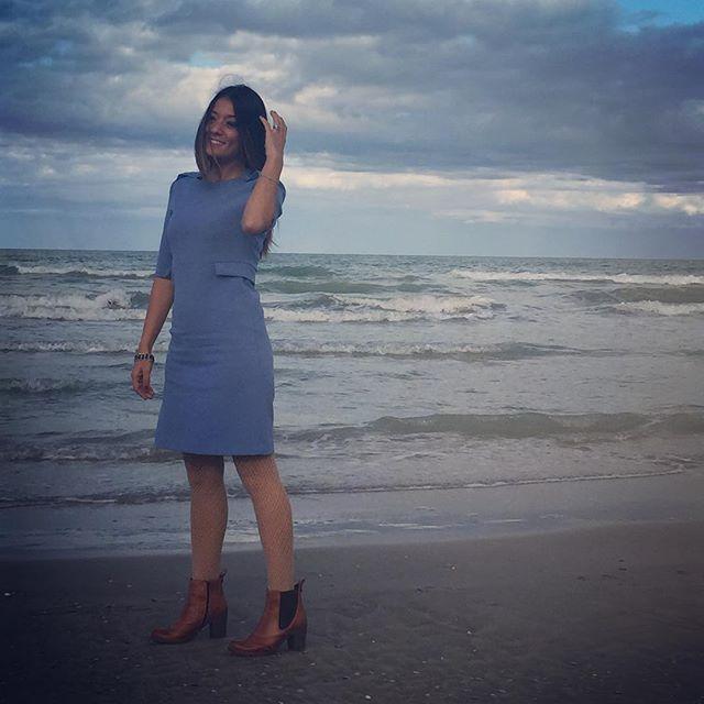 Quando sono vicino al mare mi sento libera...grazie #Senigallia - - - - - - - #nuvole #blu #eventi #mamma #SandroFerrone #blue #nuvole #volare #mamma #mamme #mare #spiaggia #marche #igersmarche #life #mammablogger #mammablogg #diorsunglasses #model #blue #love #eventi #instagood #instalike #mareprofumodimare