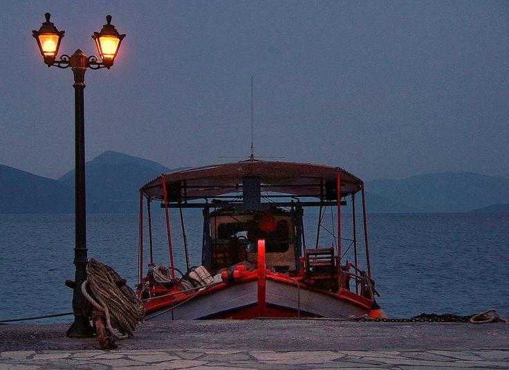 A fishing boat in Agia Kyriaki - Trikeri - Pelion - Greece by Alteroad Giorgio Emmanouilidis on 500px