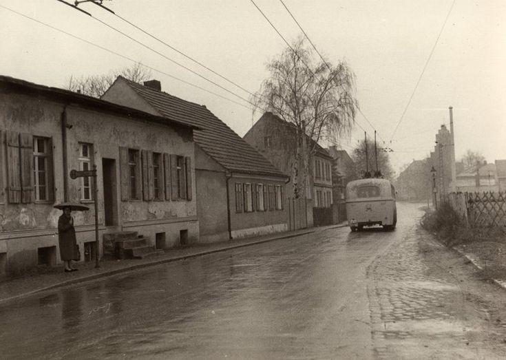 Berlin - Marzahn wie es einmal war, unterwegs mit dem Obus in den ca. 1950 Jahren