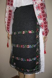 50-70 years old pair of hand embroidered aprons from Oltenia .  Available at www.greatblouses.com