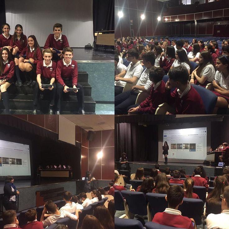 """Alumnos de 2 ESO  del Colegio San Agustín de Alicante presentando el proyecto """"Por un turismo de emociones jóvenes """" a sus compañeros. #turismodeemociones @clopedevega"""