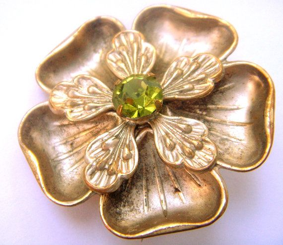 Max Neiger brooch crystal colors peridot от ODMIVINTAGE на Etsy