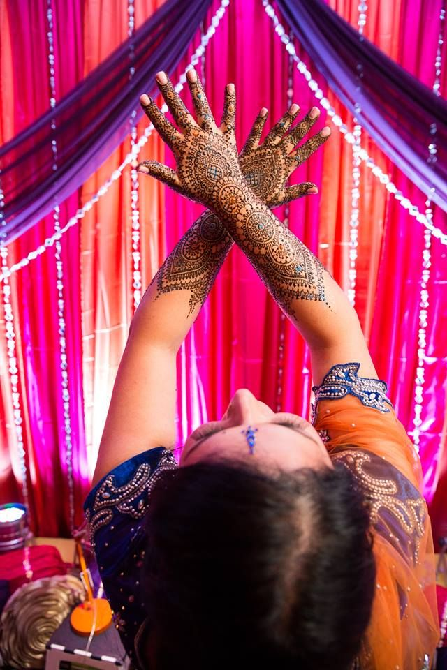 Mendhi   Photo by Wedding Documentary