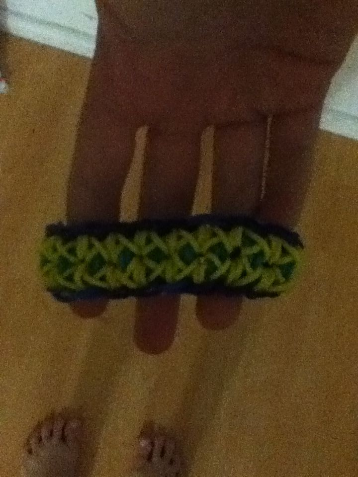 This is an original design i made it and I call it the sunshine bracelet