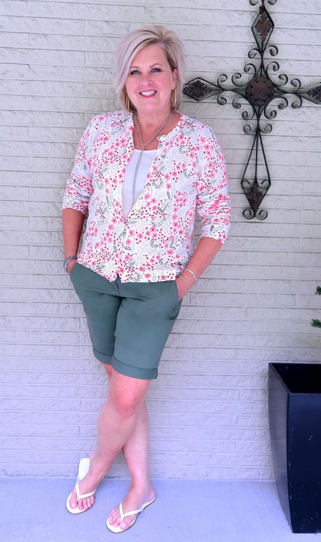 61a6c4542839 BERMUDA SHORTS WITH A CUFF – 50 IS NOT OLD | Floral Sweater | Wearing  Shorts over 40 | Fashion over 40 for the everyday woman