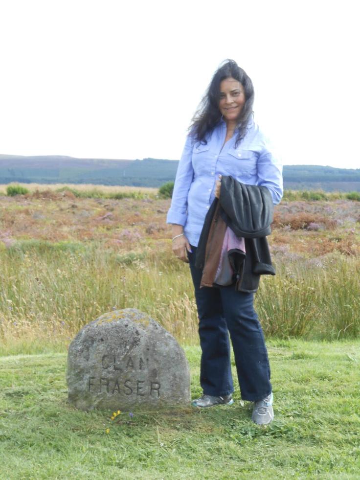 Diana Gabaldon & Clan Fraser stone
