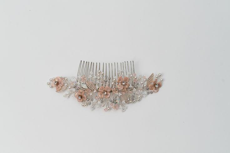 Silver Comb Fair Rosid bridal accessory