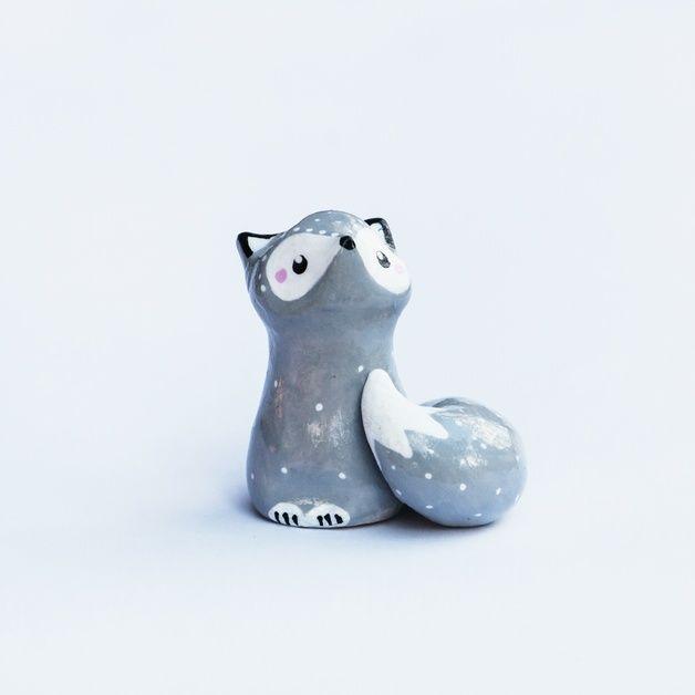 Figurines décoratives, Grand Totem Personnalisé oMamawolf -10 cm est une création orginale de oMamawolf sur DaWanda