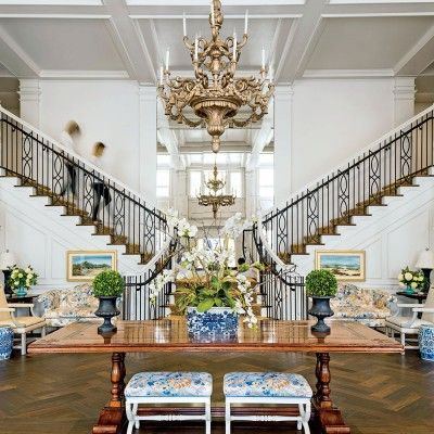 Kappa Kappa Gamma University of Arkansas Sorority House: Foyer