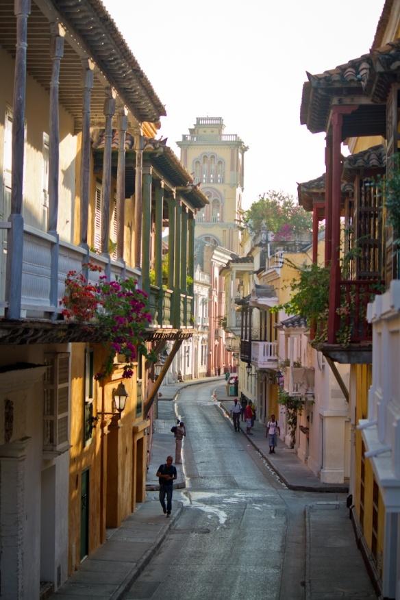 Cartegena, Columbia~!!! Beautiful architecture......beautiful city.....lots of crime (:-( )