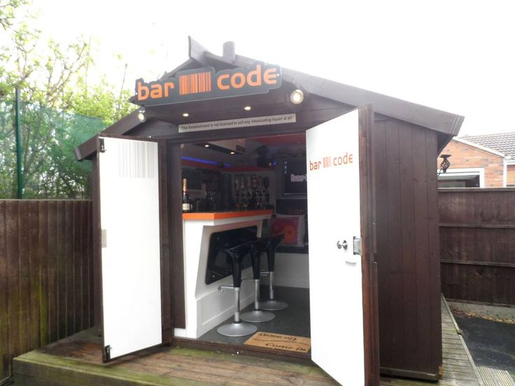 Barcode Outside:a brown shed. Inside: a private bar Shed of the Year/Cuprinol/readershed.co.uk