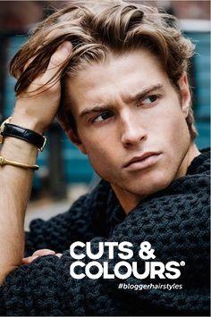 Stylingtip voor de mannen met halflang haar: masseer je haar met je handen waarin je lekker veel product hebt verwerkt. Result: nonchalant haar