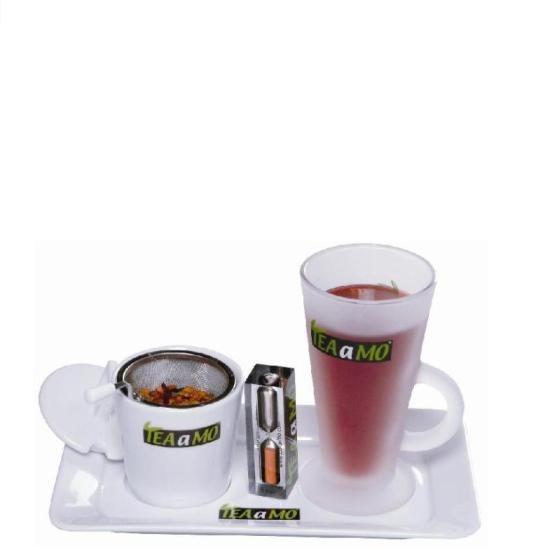 TEAaMO Tee mit Sieb und Uhr, immer die richtige Zeit für perfekten Teegenuss im Blick.