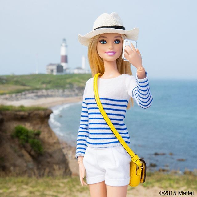 Made it to The End! Snapping a selfie at The Montauk Point Lighthouse, a local landmark! ⚓️ #montauk #barbie #barbiestyle