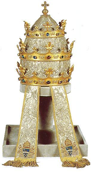 Another splendid tiara in the neo-Gothic style. Presented to Pope Leo XIII by the Catholics of Paris in 1887