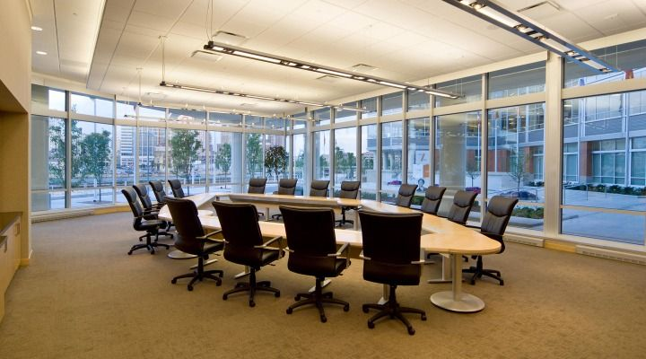 Manpower World Headquarters (Milwaukee, WI) Respect executive/management seating in conference room. #NationalOffice #FurnitureWithPersonality
