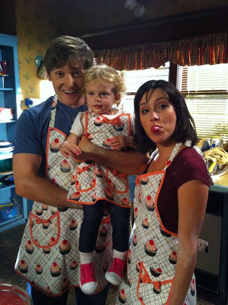 Raising Hope behind the scenes