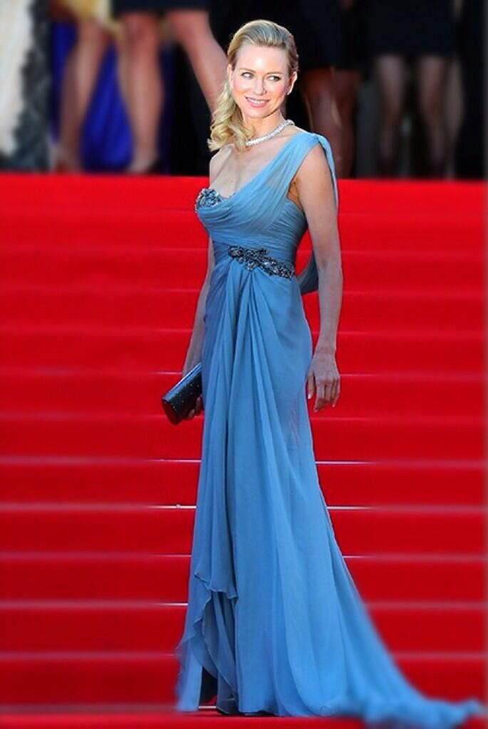 In the Realm of the Splendid #NaomiWatts en @Marchesa & @Bulgariofficial joaillerie @FdC_officiel #Cannes2014