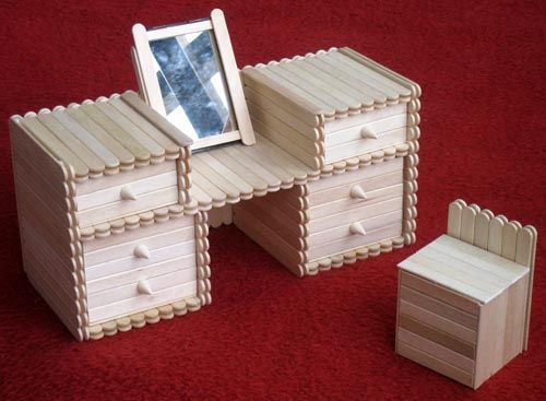 This is a fantastic popsicle chest of drawers made in Taiwan as a kit. The examples here are my own cutting and sanding which I built with a student over a period of 2 semesters. It truly is a lot …